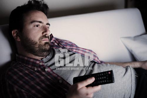 Télévision procrastination - université groove like a pig